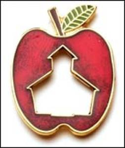 Apple w/school cut out Lapel